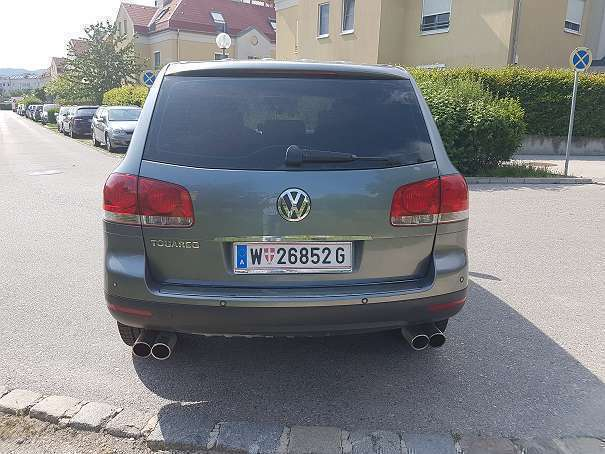 verkauft vw touareg 3 2 v6 benzin suv gebraucht 2002 km in wien. Black Bedroom Furniture Sets. Home Design Ideas