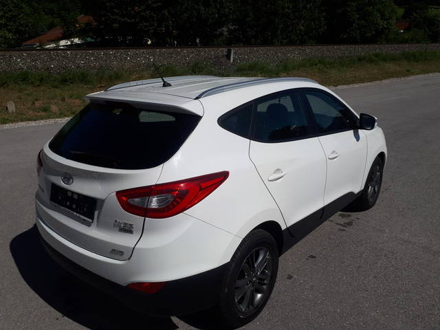 verkauft hyundai ix35 2 0 crdi go aut gebraucht 2014 km in krumbach. Black Bedroom Furniture Sets. Home Design Ideas