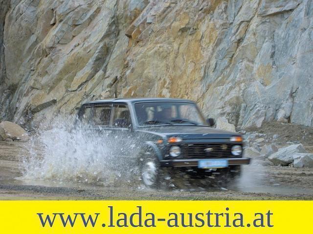 Verkauft Lada Taiga 4x4 1 7 Kult Gebraucht 2006