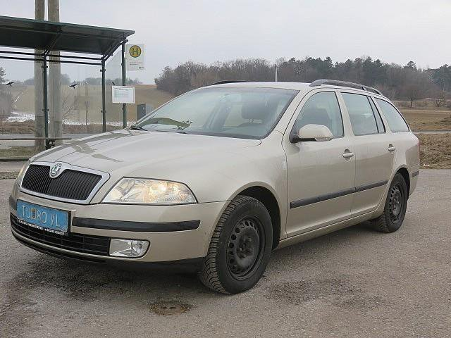 verkauft skoda octavia 1 9 ambiente td gebraucht 2005 km in atzelsdorf. Black Bedroom Furniture Sets. Home Design Ideas