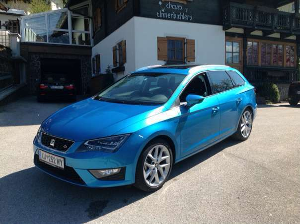 verkauft seat leon st kombi fr start gebraucht 2016 km in kramsach. Black Bedroom Furniture Sets. Home Design Ideas