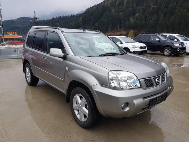 gebraucht suv offroad nissan x trail 2006 km. Black Bedroom Furniture Sets. Home Design Ideas