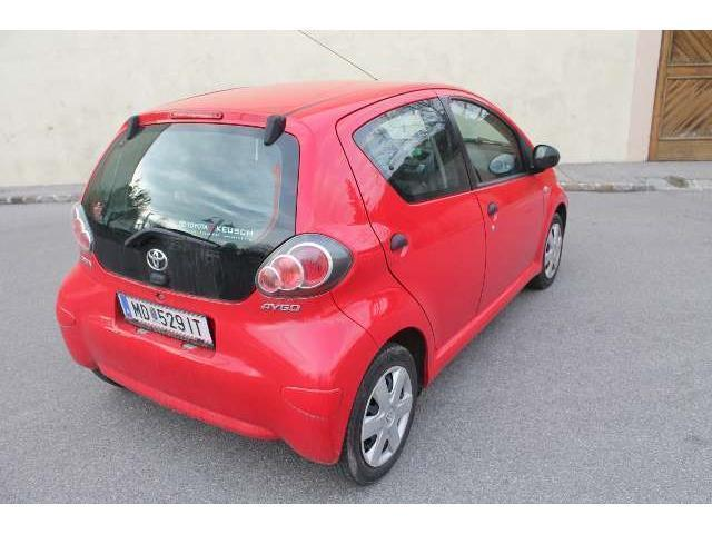 verkauft toyota aygo 1 0 vvt i start k gebraucht 2010 km in guntramsdorf. Black Bedroom Furniture Sets. Home Design Ideas