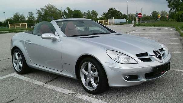 verkauft mercedes slk200 slk klassecla gebraucht 2006 km in baden. Black Bedroom Furniture Sets. Home Design Ideas