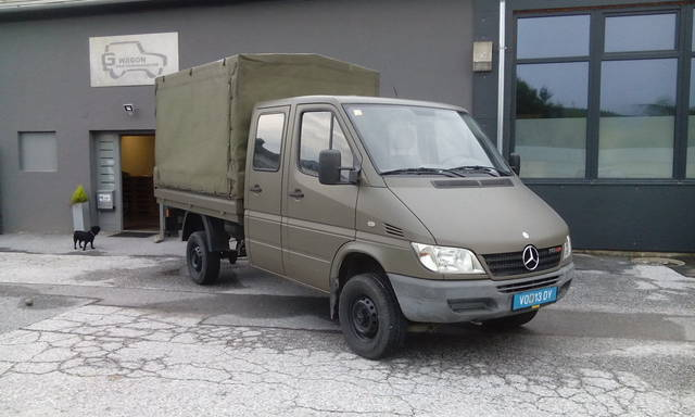 verkauft mercedes sprinter 4x4 allrad gebraucht 2003 km in rosental an der. Black Bedroom Furniture Sets. Home Design Ideas
