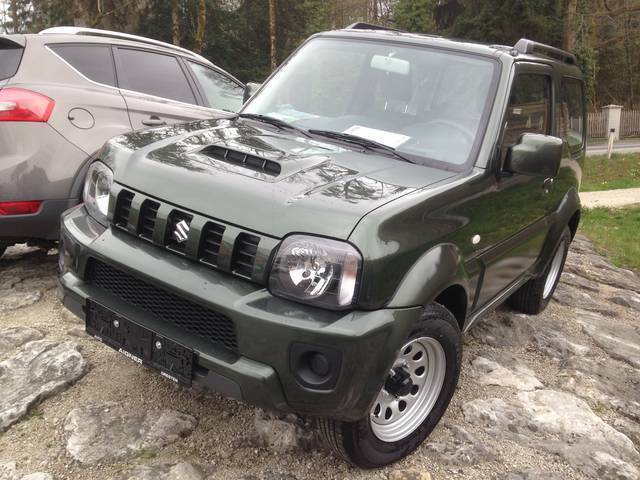 verkauft suzuki jimny 1 3 special gebraucht 2016 20 km in gresten. Black Bedroom Furniture Sets. Home Design Ideas