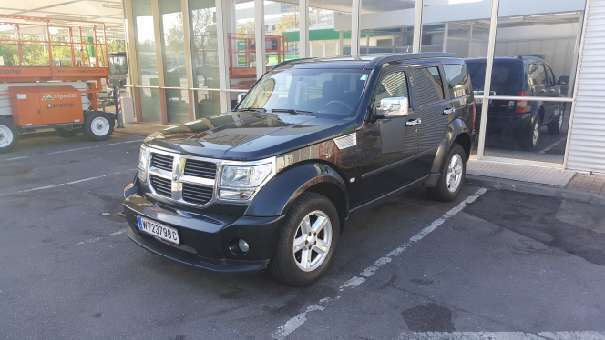 verkauft dodge nitro 2 8 suv offroad gebraucht 2009 km in wien bezirk. Black Bedroom Furniture Sets. Home Design Ideas