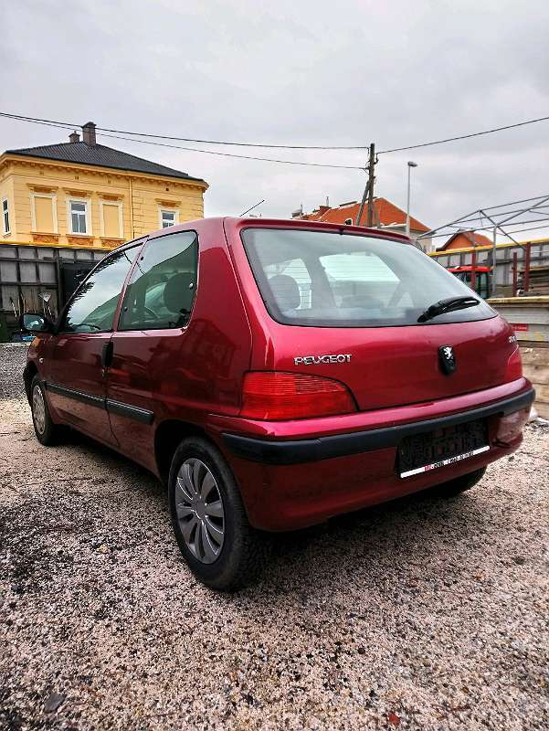 verkauft peugeot 106 1 5 diesel klein gebraucht 2001 km in korneuburg. Black Bedroom Furniture Sets. Home Design Ideas