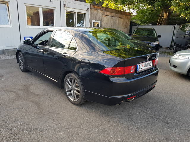 verkauft honda accord 2 4 i vtec type s gebraucht 2007 km in dornbirn. Black Bedroom Furniture Sets. Home Design Ideas