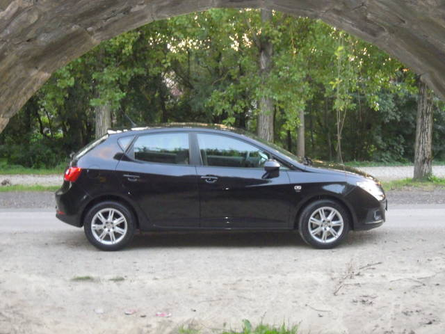 verkauft seat ibiza style 1 6 tdi cr d gebraucht 2010 km in linz. Black Bedroom Furniture Sets. Home Design Ideas