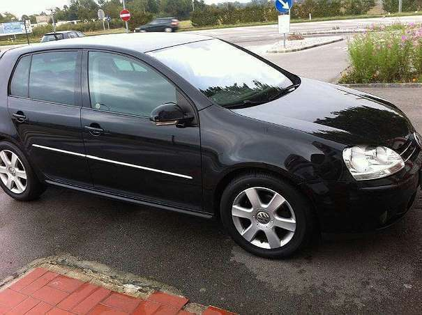 verkauft vw golf 1 6l automatik sportl gebraucht 2006 km in m dling. Black Bedroom Furniture Sets. Home Design Ideas