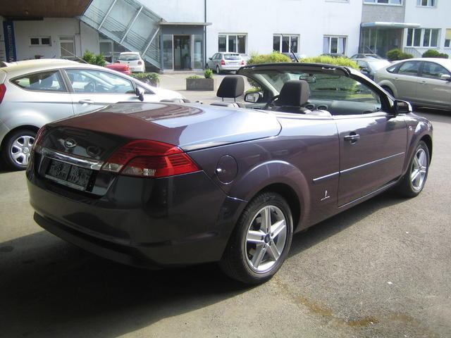 verkauft ford focus cabriolet cc trend gebraucht 2007 km in peuerbach. Black Bedroom Furniture Sets. Home Design Ideas