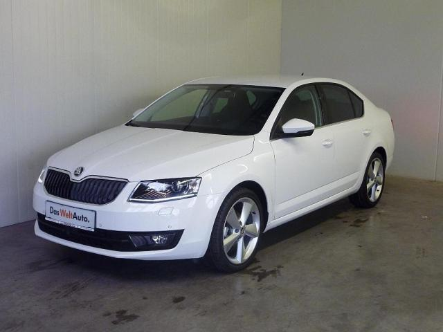 verkauft skoda octavia 1 6 tdi style s gebraucht 2017 111 km in regau. Black Bedroom Furniture Sets. Home Design Ideas
