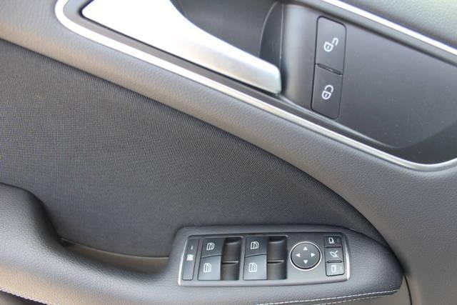 Verkauft mercedes b180 d aut gebraucht 2016 km for Auto stockerau