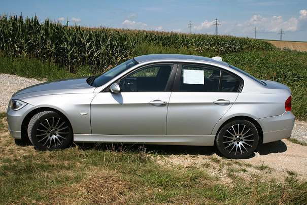 verkauft bmw 318 3er reihe i lim e90 gebraucht 2008 km in wien. Black Bedroom Furniture Sets. Home Design Ideas