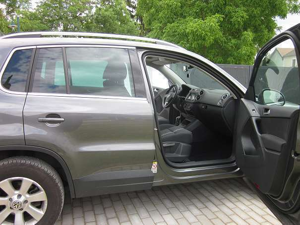 verkauft vw tiguan tiguansky allrad 4 gebraucht 2011. Black Bedroom Furniture Sets. Home Design Ideas
