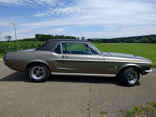 verkauft ford mustang v8 302 restauri gebraucht 1968. Black Bedroom Furniture Sets. Home Design Ideas