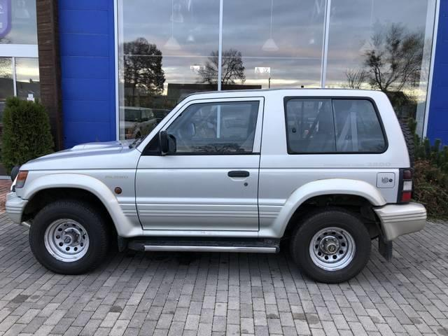 verkauft mitsubishi pajero 2 8td gebraucht 1994 km in obersch tzen. Black Bedroom Furniture Sets. Home Design Ideas
