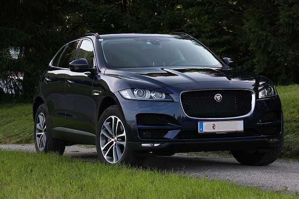 verkauft jaguar f pace 30d 3 0l v6 awd gebraucht 2016. Black Bedroom Furniture Sets. Home Design Ideas