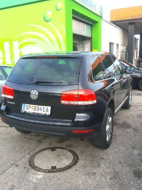 verkauft vw touareg 2 5 tdi r5 suv g gebraucht 2004 km in wels. Black Bedroom Furniture Sets. Home Design Ideas