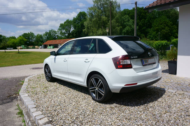 verkauft skoda rapid spaceback 1 6 tdi gebraucht 2016 km in ach. Black Bedroom Furniture Sets. Home Design Ideas
