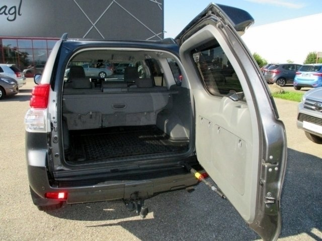 verkauft toyota land cruiser land crui gebraucht 2013 km in enns. Black Bedroom Furniture Sets. Home Design Ideas