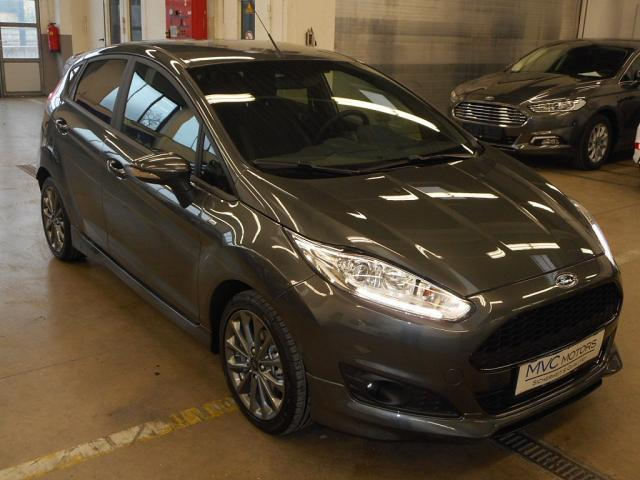 verkauft ford fiesta st line 5 t rer 1 gebraucht 2016 4 km in wien. Black Bedroom Furniture Sets. Home Design Ideas
