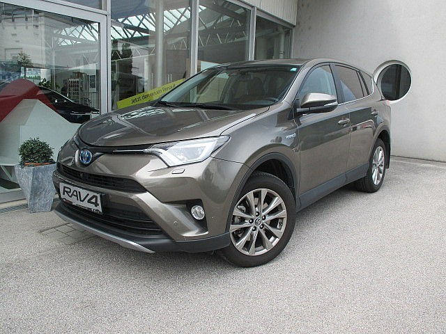 verkauft toyota rav4 2 5 hybrid lounge gebraucht 2016 km in micheldorf. Black Bedroom Furniture Sets. Home Design Ideas
