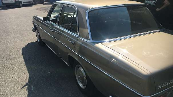 verkauft mercedes 280 se limousine gebraucht 1968 km in dornbirn. Black Bedroom Furniture Sets. Home Design Ideas