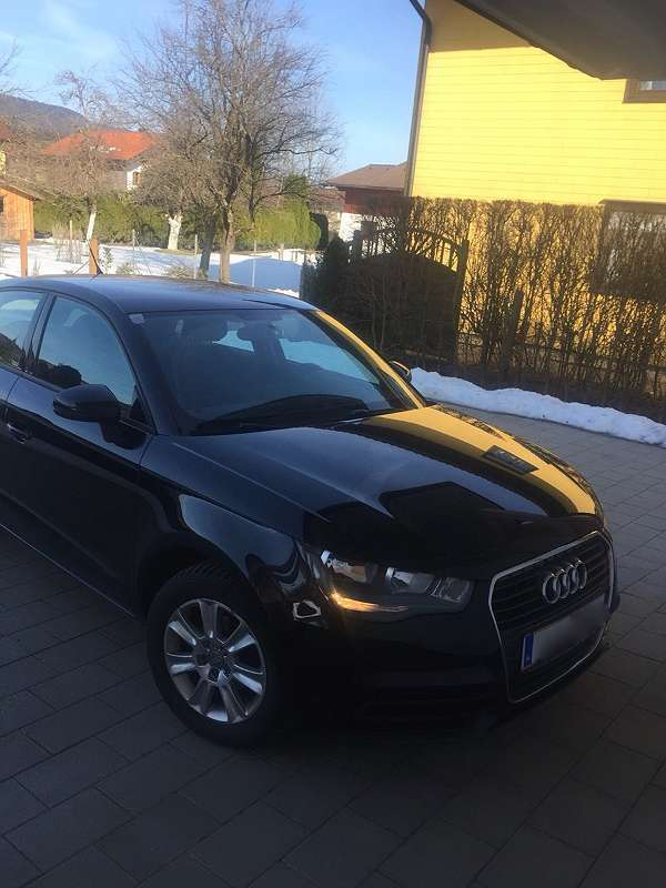 audi a1 sportback 1 2 benzin 86 ps 2013 autouncle. Black Bedroom Furniture Sets. Home Design Ideas