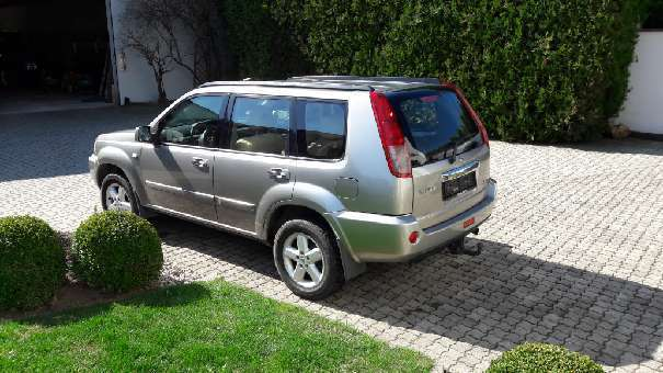 gebraucht suv offroad nissan x trail 2006 km in nenzing. Black Bedroom Furniture Sets. Home Design Ideas