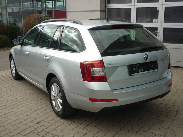 verkauft skoda octavia combi 1 6 tdi a gebraucht 2016 km in graz. Black Bedroom Furniture Sets. Home Design Ideas