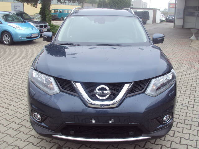 verkauft nissan x trail 2 0dci n conne gebraucht 2016 10 km in strasshof. Black Bedroom Furniture Sets. Home Design Ideas