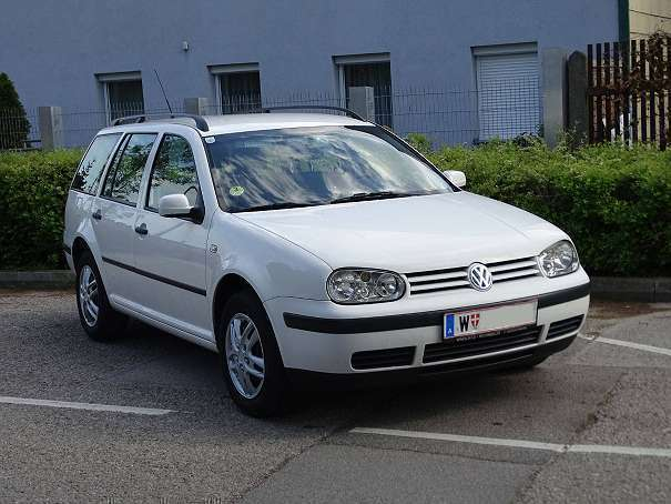 verkauft vw golf variant 1 9 tdi kombi gebraucht 2002 km in wien. Black Bedroom Furniture Sets. Home Design Ideas