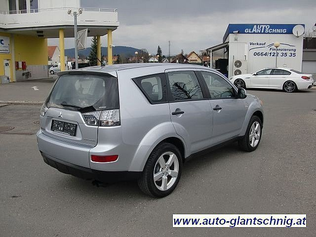 verkauft mitsubishi outlander 2 0 di d gebraucht 2007 km in graz. Black Bedroom Furniture Sets. Home Design Ideas