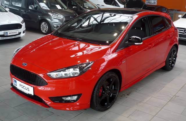 verkauft ford focus ecoboost st line gebraucht 2016 0 km in feldbach. Black Bedroom Furniture Sets. Home Design Ideas