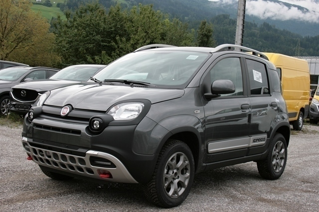 verkauft fiat panda cross 4x4 0 9 twin gebraucht 2017 0 km in mils fiat betrieb. Black Bedroom Furniture Sets. Home Design Ideas