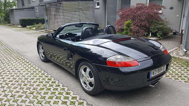verkauft porsche boxster basaltschwarz gebraucht 2000 km in weiz. Black Bedroom Furniture Sets. Home Design Ideas