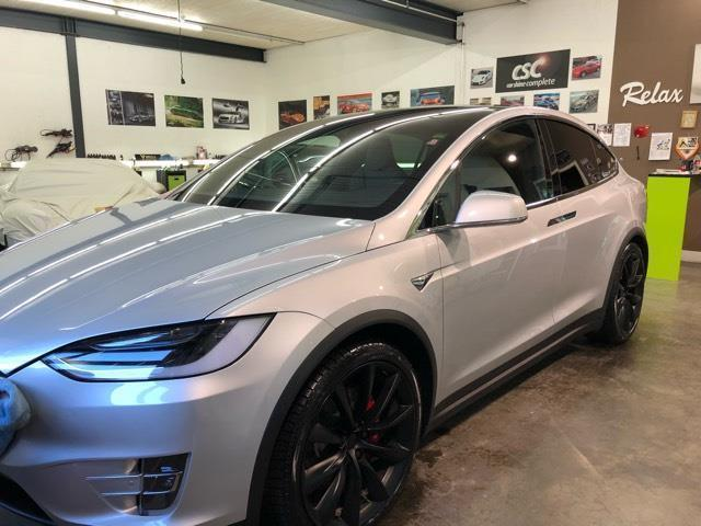 verkauft tesla model x p100dl mit voll gebraucht 2017. Black Bedroom Furniture Sets. Home Design Ideas