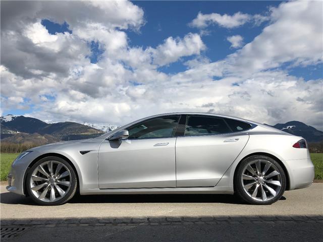 Verkauft Tesla Model S 100d Mit Black Gebraucht 2017 6 800 Km In