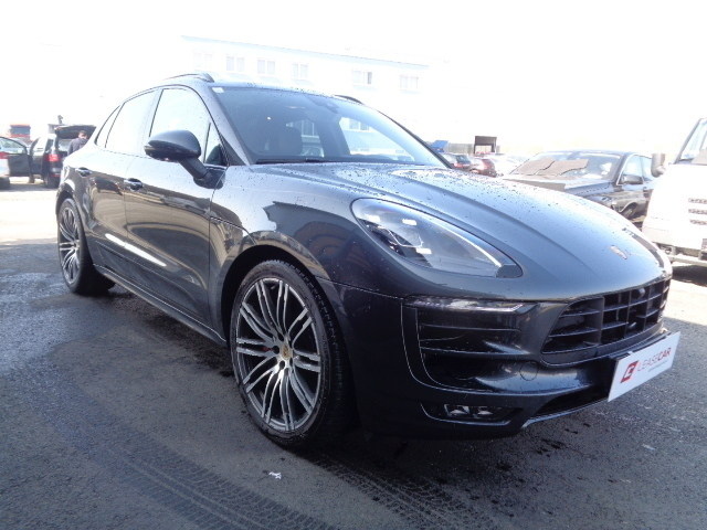 verkauft porsche macan gts macan gebraucht 2016 km in wien bezirk. Black Bedroom Furniture Sets. Home Design Ideas