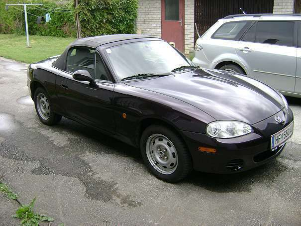 verkauft mazda mx5 mx 5cabrio cabrio gebraucht 2004 km in neudau. Black Bedroom Furniture Sets. Home Design Ideas