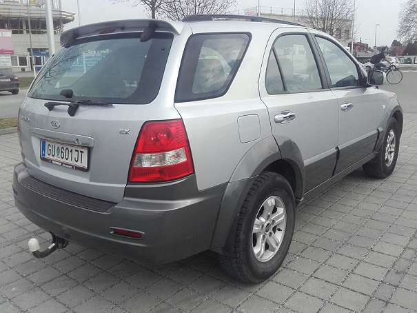 verkauft kia sorento suv offroad gebraucht 2005 km in graz umgebung. Black Bedroom Furniture Sets. Home Design Ideas