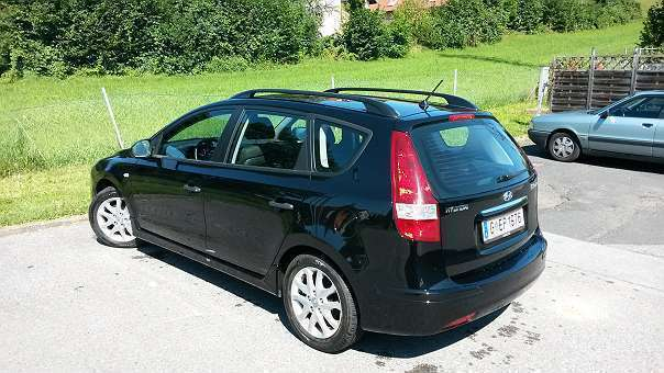 verkauft hyundai i30 1 4 cw kombi gebraucht 2011 km in graz. Black Bedroom Furniture Sets. Home Design Ideas