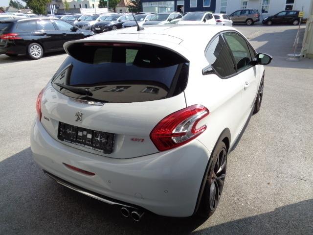Verkauft peugeot 205 208 gti thp30th e gebraucht 2015 for Peugeot 208 gti gebraucht