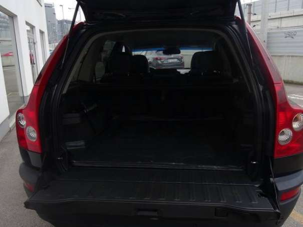 verkauft volvo xc90 d5 geartronic awd gebraucht 2003 km in wien. Black Bedroom Furniture Sets. Home Design Ideas