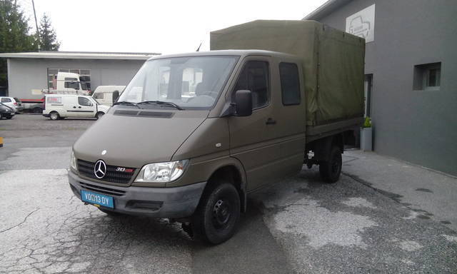 verkauft mercedes sprinter 4x4 allrad gebraucht 2003. Black Bedroom Furniture Sets. Home Design Ideas