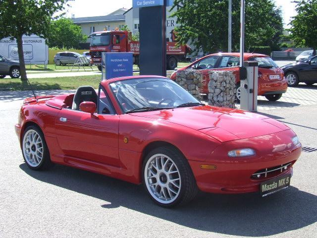 gebraucht 16v mazda mx5 1990 km in moosdorf autouncle. Black Bedroom Furniture Sets. Home Design Ideas