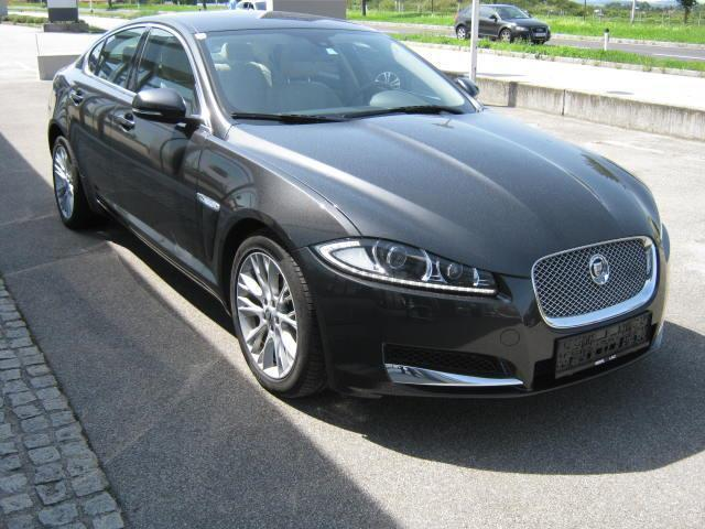 verkauft jaguar xf 3 0 diesel luxury gebraucht 2012 65. Black Bedroom Furniture Sets. Home Design Ideas