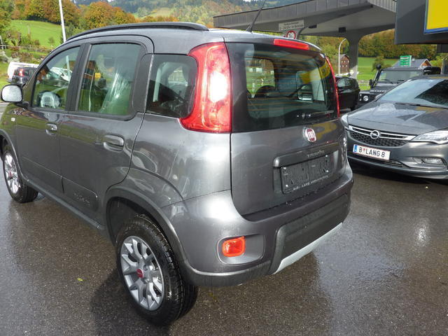gebraucht wild fiat panda 4x4 2017 km 8 in schwarzenberg. Black Bedroom Furniture Sets. Home Design Ideas